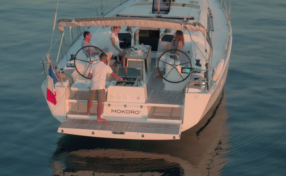 DUFOUR-512-GL-EOLIE-CHARTER-BARBECUE